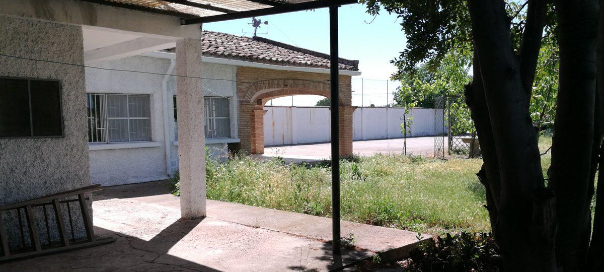 http://www.fincabienvenido.com/wp-content/uploads/2016/09/Finca-Bienvenido-Exteriores-1200x540.jpg