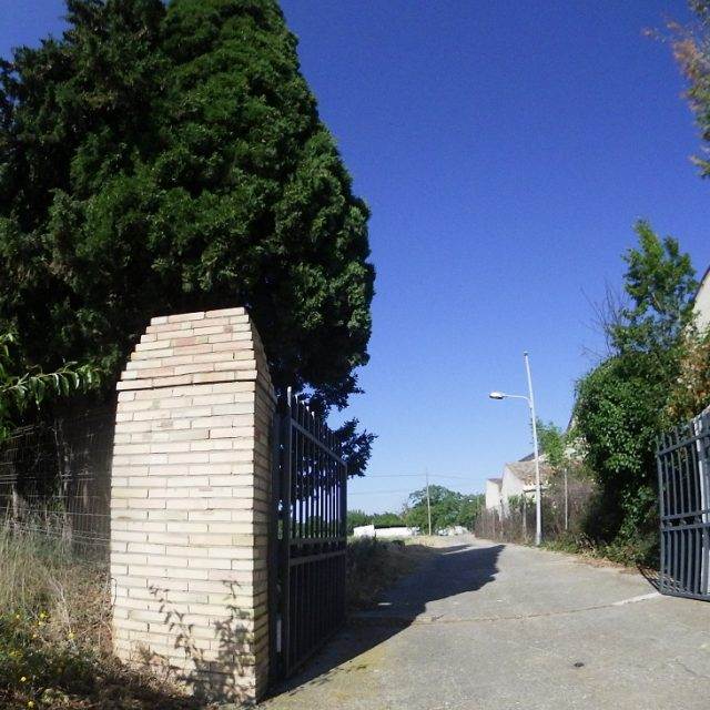 http://www.fincabienvenido.com/wp-content/uploads/2017/05/Alquiler-finca-Corella-Navarra-60-640x640.jpg