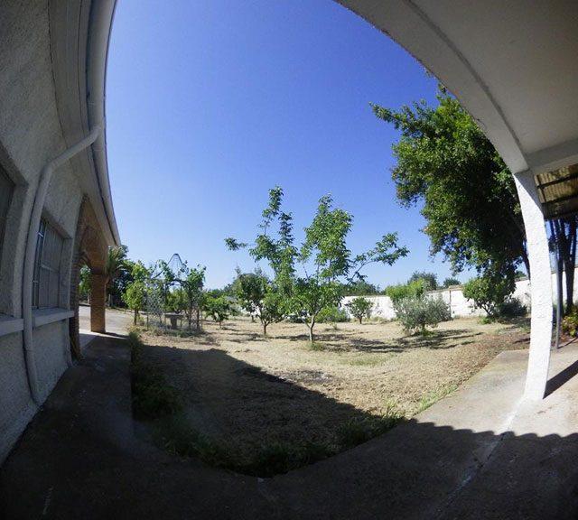 http://www.fincabienvenido.com/wp-content/uploads/2017/05/Finca-Bienvenido-Alquiler-finca-rustica-Corella-Navarra-Terreno2-640x576.jpg